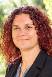 Carmen Geil, Senior Banker I.D. inspiring development