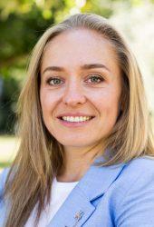 Natalia Osadcii, Senior Banker I.D. inspiring development