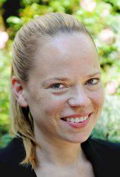 Nina Rauschert, Senior Banker I.D. inspiring development
