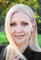Svetlana Tolmacheva Dingarac, Senior Banker I.D. inspiring development